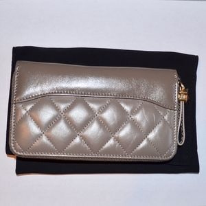 CHANEL GABRIELLE QUILTED LEATHER ZIPPER WALLET